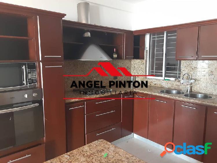 Casa en venta en circunvalacion 2 en maracaiboapi api 2246