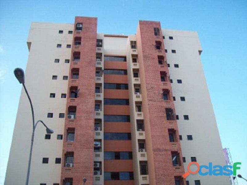 Apartamento en venta en Las Torres Las Delicias, Los Guayos, carabobo, AB121 61, asb